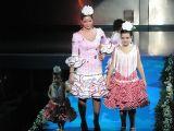 Semana la Mujer 2010. 5 de marzo.Desfile de trajes Flamencos-2_192