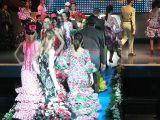 Semana la Mujer 2010. 5 de marzo.Desfile de trajes Flamencos-2_273