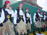 Carnaval 2004. Pasacalles y pasarela en P. Constitución 37