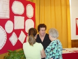Exposición de encaje de bolillos 61