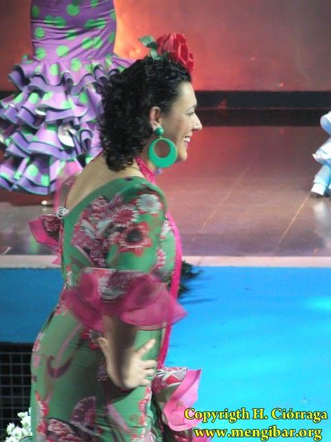 Semana la Mujer 2010. 5 de marzo.Desfile de trajes Flamencos-1_260