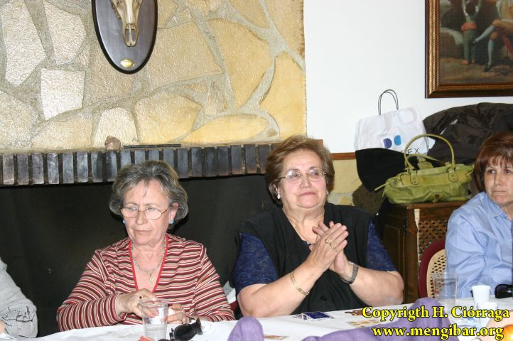 2-Amas_de_Casa_en_el_Cerro__(50)